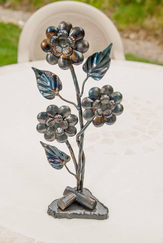 Large Flower Schultz Ornamental Iron